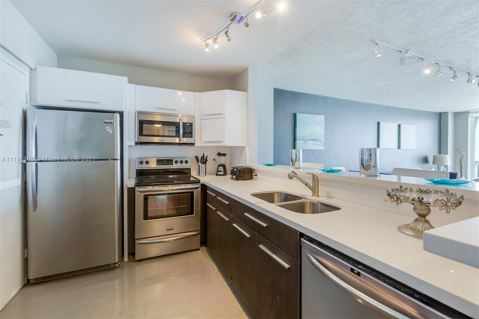 5601 Collins Ave #1509 photo018
