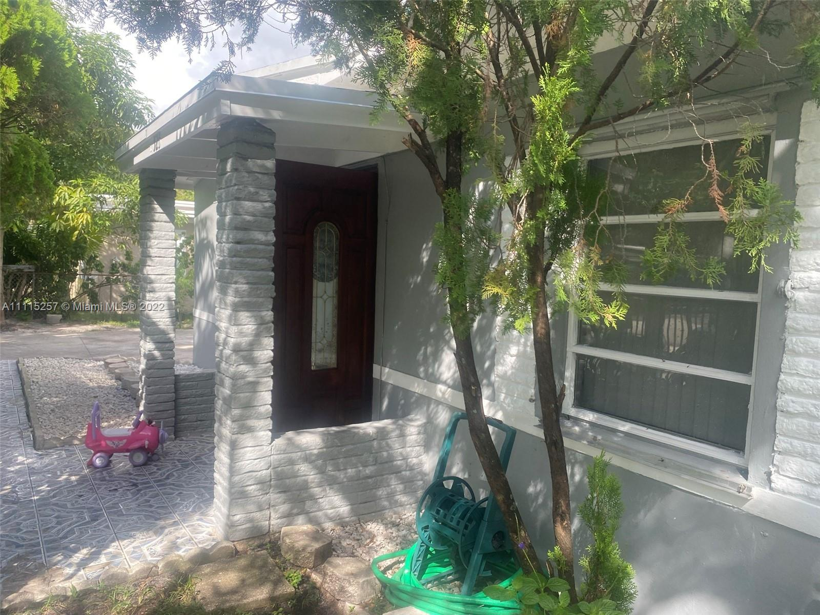 Single Family Home,For Sale,525 NW 139th Ter, North Miami, Florida 33168,Brickell,realty,broker,condos near me