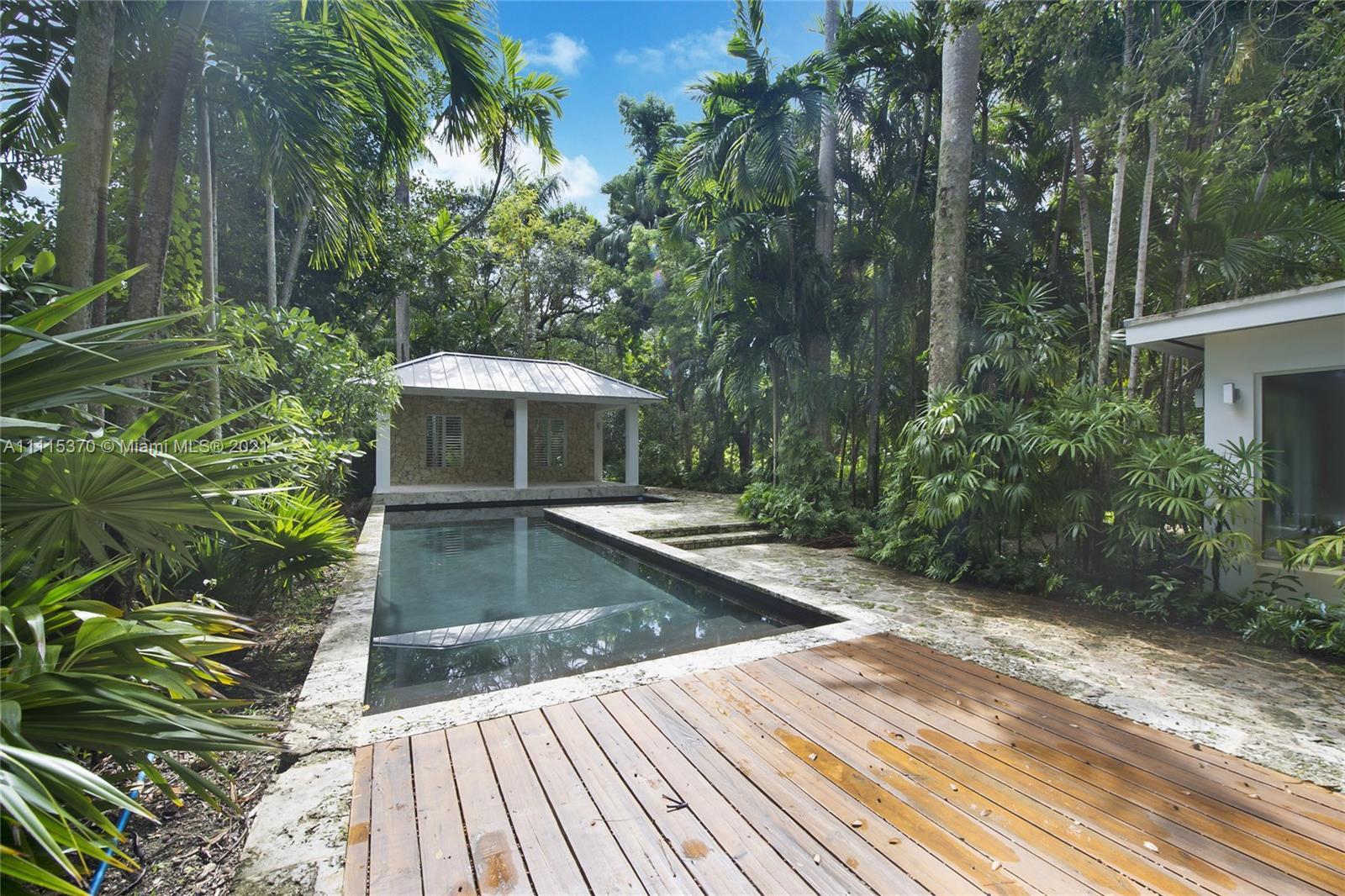 Single Family Home,For Rent,5671 Banyan Trl, Coral Gables, Florida 33156,Brickell,realty,broker,condos near me