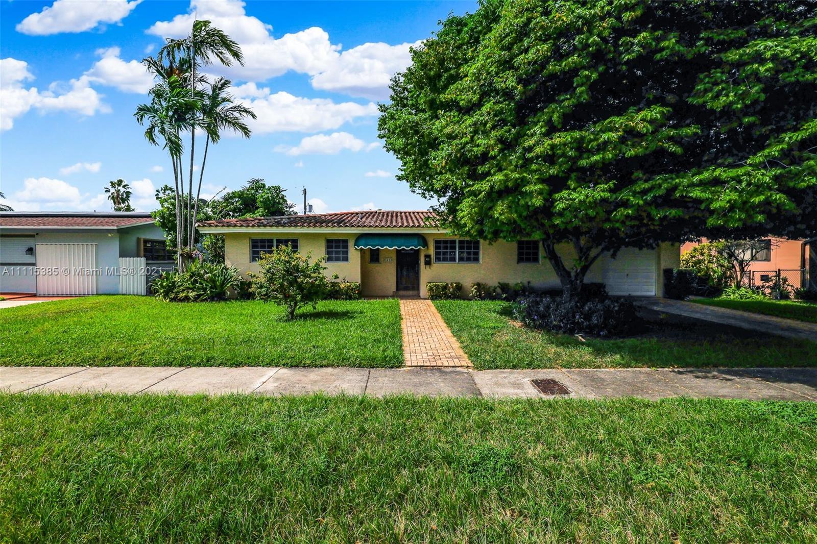 Single Family Home,For Sale,3230 SW 95th Ct, Miami, Florida 33165,Brickell,realty,broker,condos near me