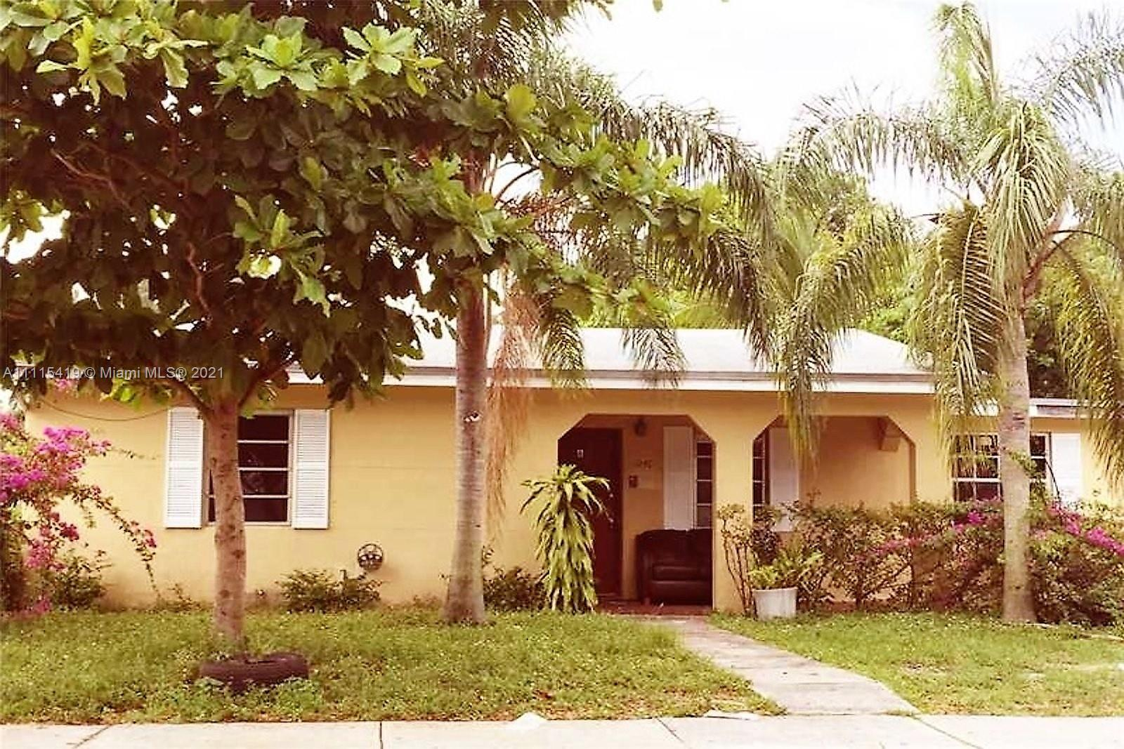 Single Family Home For Sale BISCAYNE HIGHLANDS1,335 Sqft