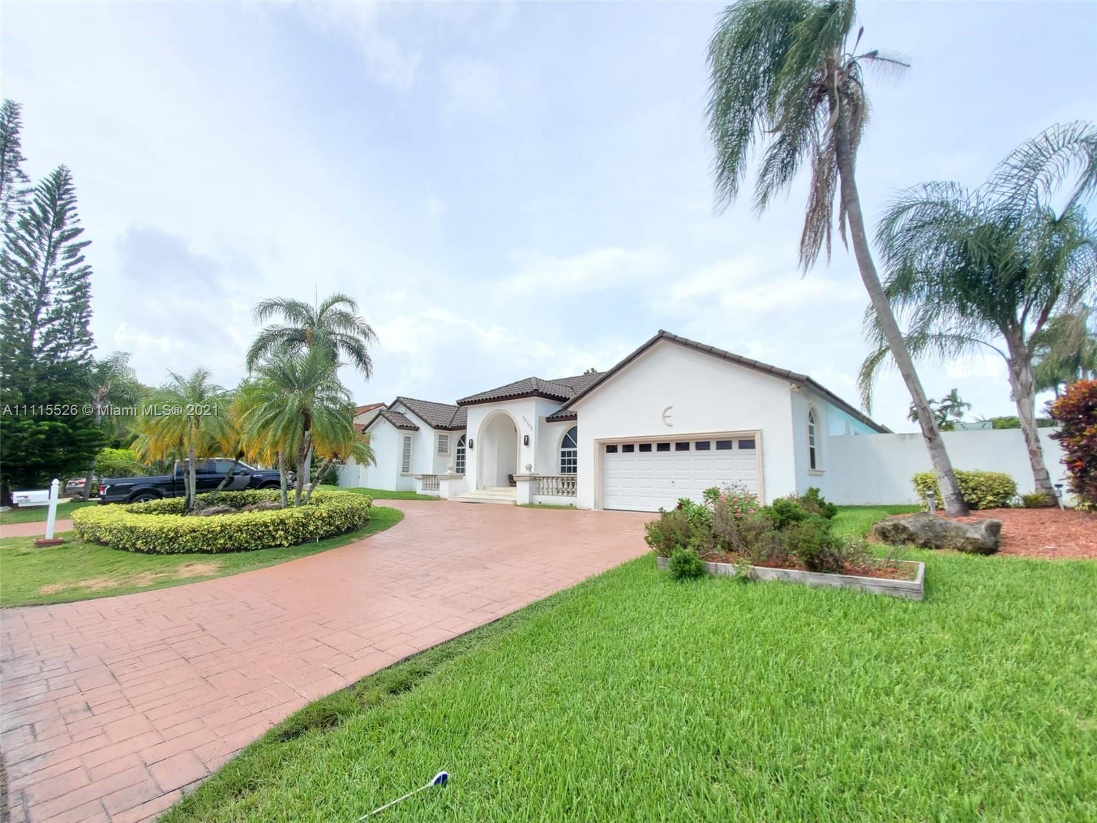 Single Family Home,For Sale,10705 SW 138th St, Miami, Florida 33176,Brickell,realty,broker,condos near me
