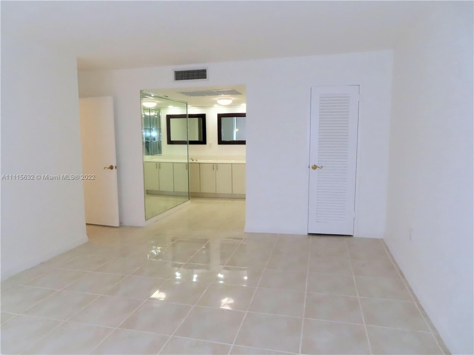 5701 Collins Ave #1701 photo011