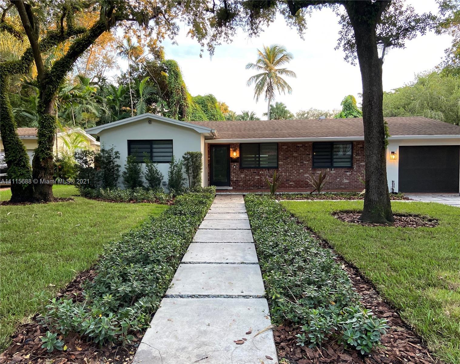 Single Family Home For Sale NORTON MNR1,250 Sqft