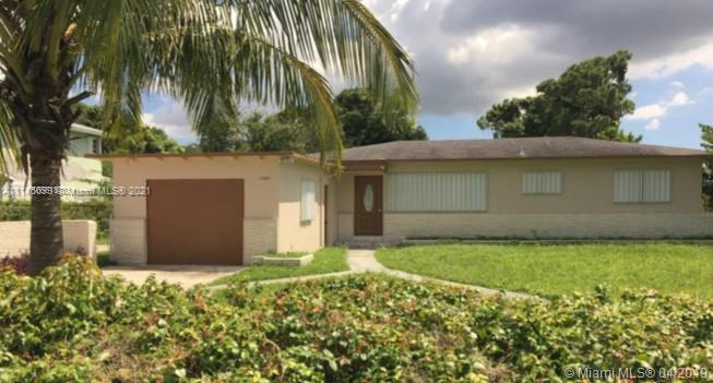 Single Family Home For Sale SUNNY ISLES INLAND