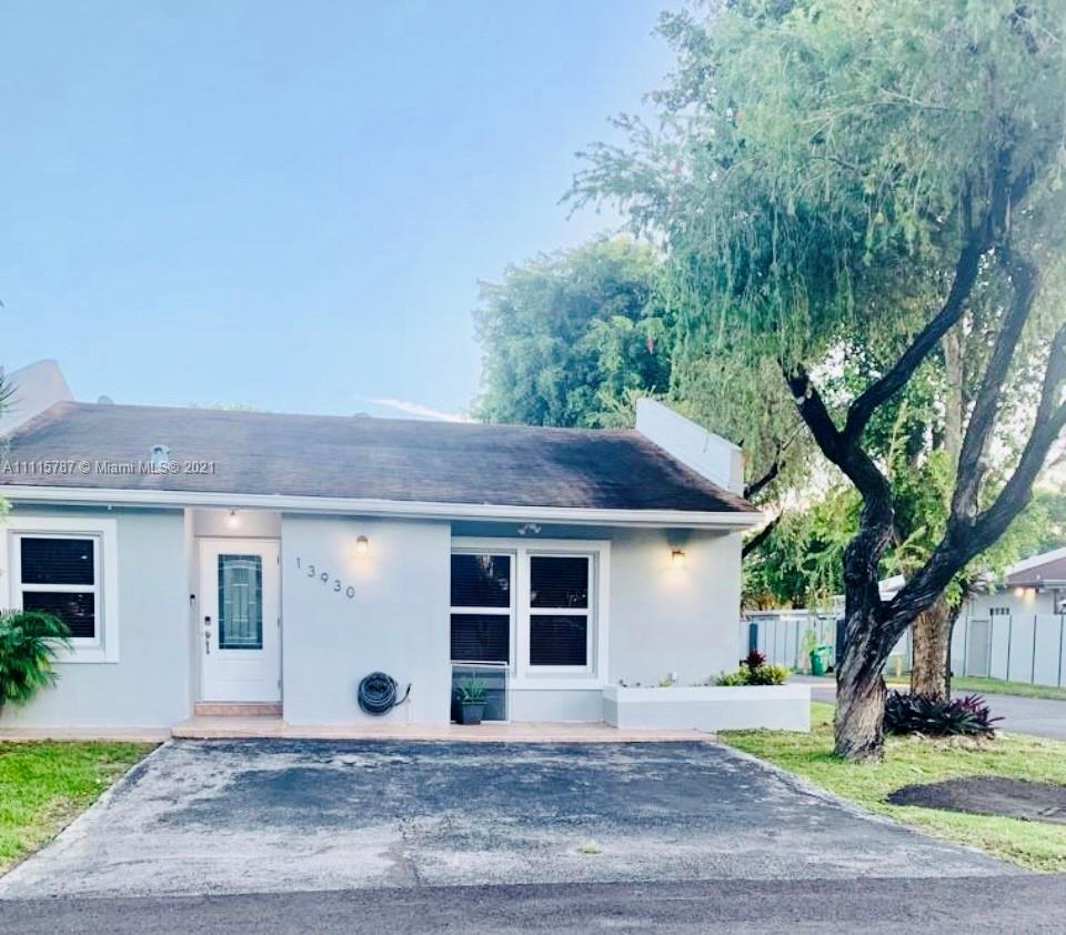 Single Family Home,For Sale,13930 SW 57th Ln, Miami, Florida 33183,Brickell,realty,broker,condos near me