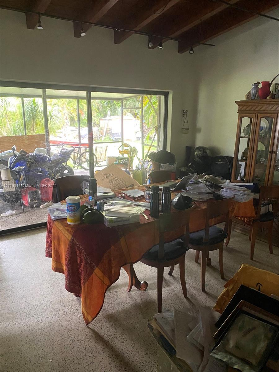 Single Family Home,For Sale,9401 SW 82nd Ave, Miami, Florida 33156,Brickell,realty,broker,condos near me