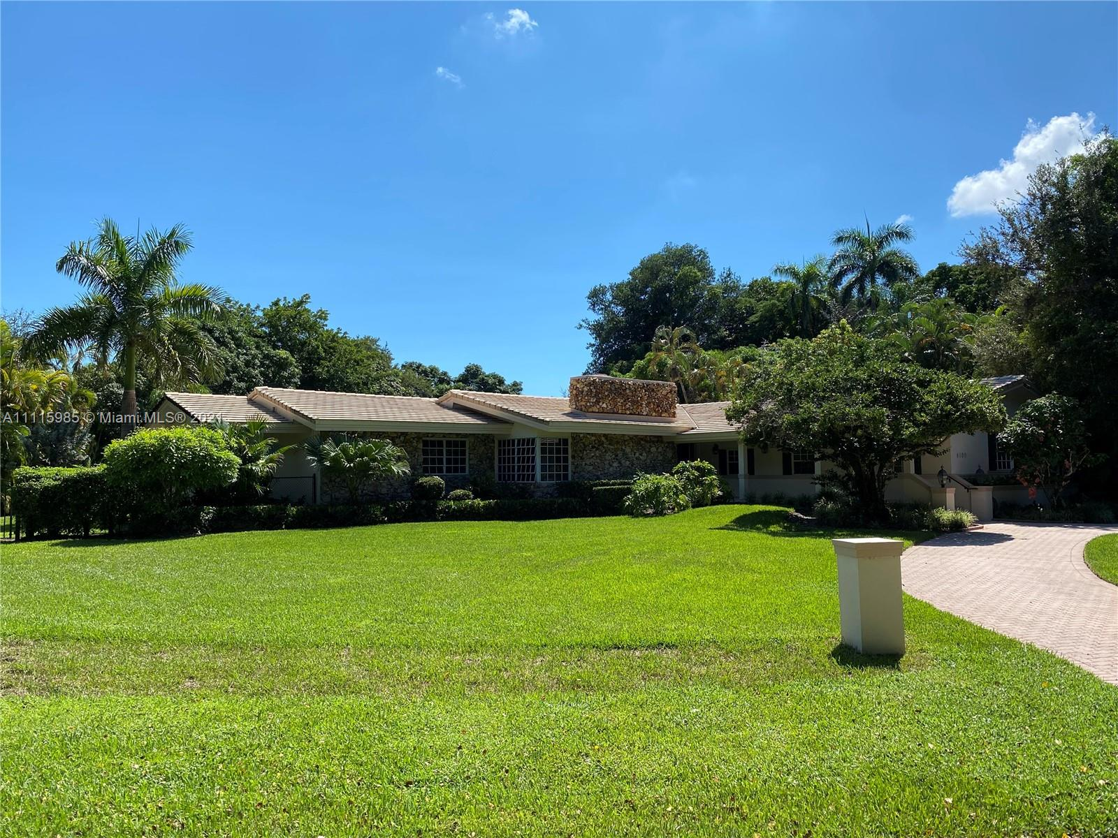 Single Family Home,For Rent,6100 SW 90th St, Pinecrest, Florida 33156,Brickell,realty,broker,condos near me