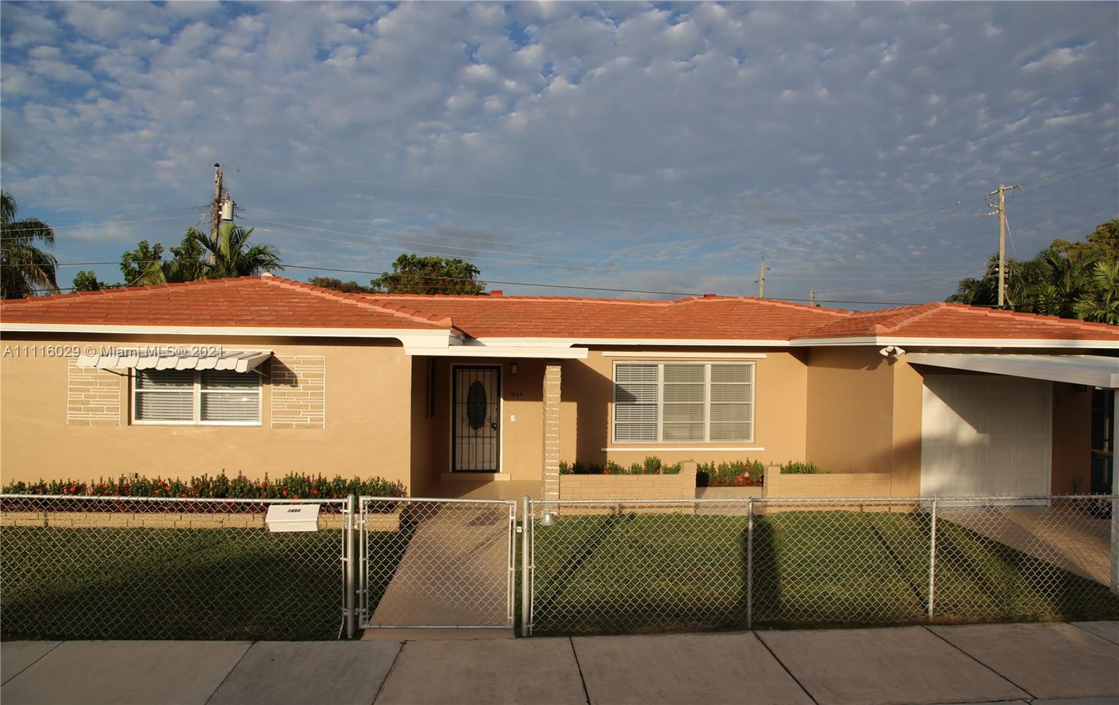 Single Family Home,For Rent,1450 SW 20th Ct, Miami, Florida 33145,Brickell,realty,broker,condos near me