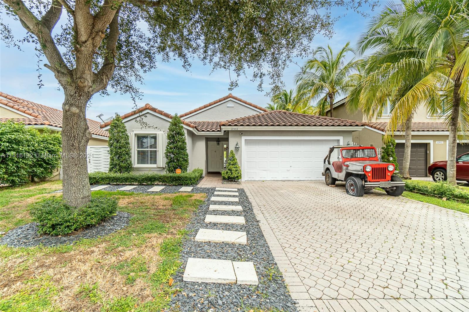 Single Family Home,For Sale,13553 SW 144th Ter, Miami, Florida 33186,Brickell,realty,broker,condos near me