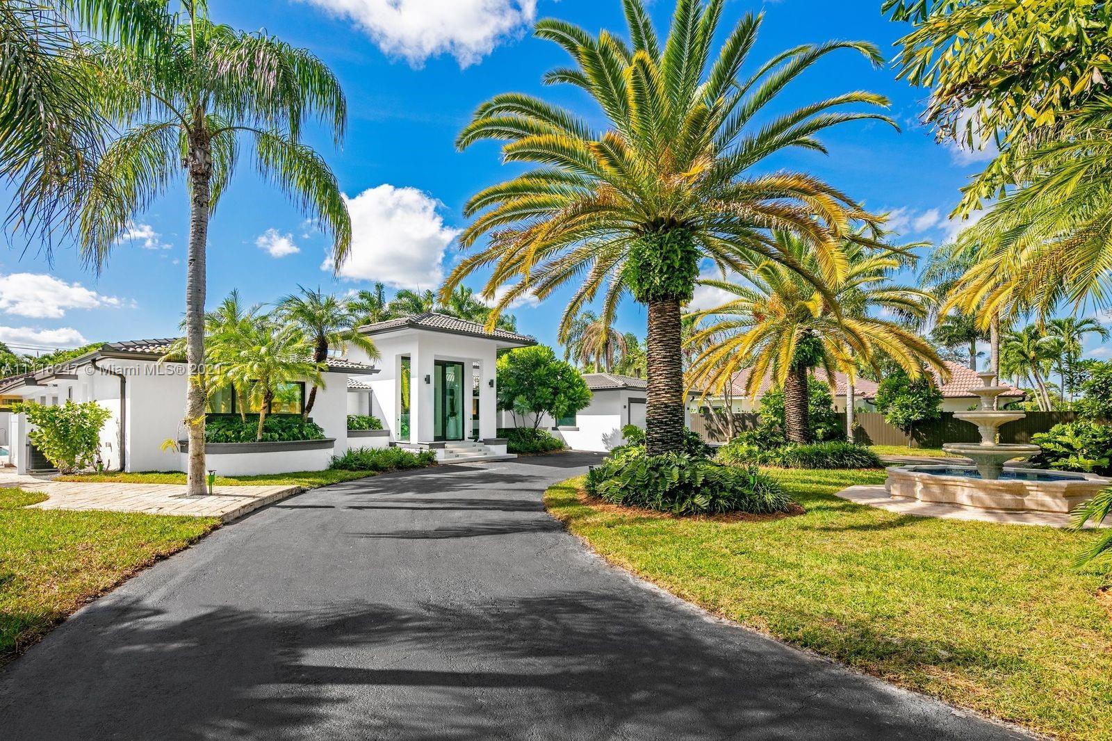 Single Family Home,For Sale,7300 SW 77th Ave, Miami, Florida 33143,Brickell,realty,broker,condos near me