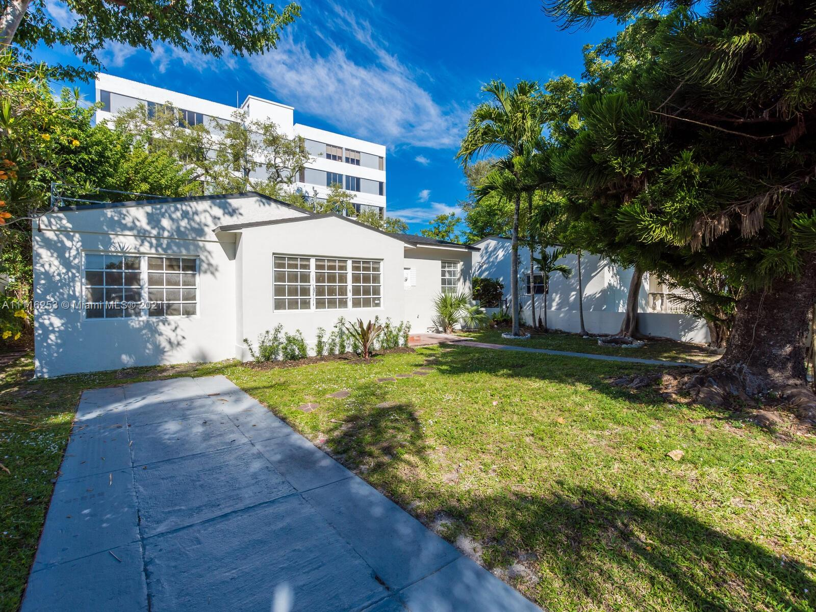 Single Family Home,For Sale,2025 SW 22nd Ter, Miami, Florida 33145,Brickell,realty,broker,condos near me
