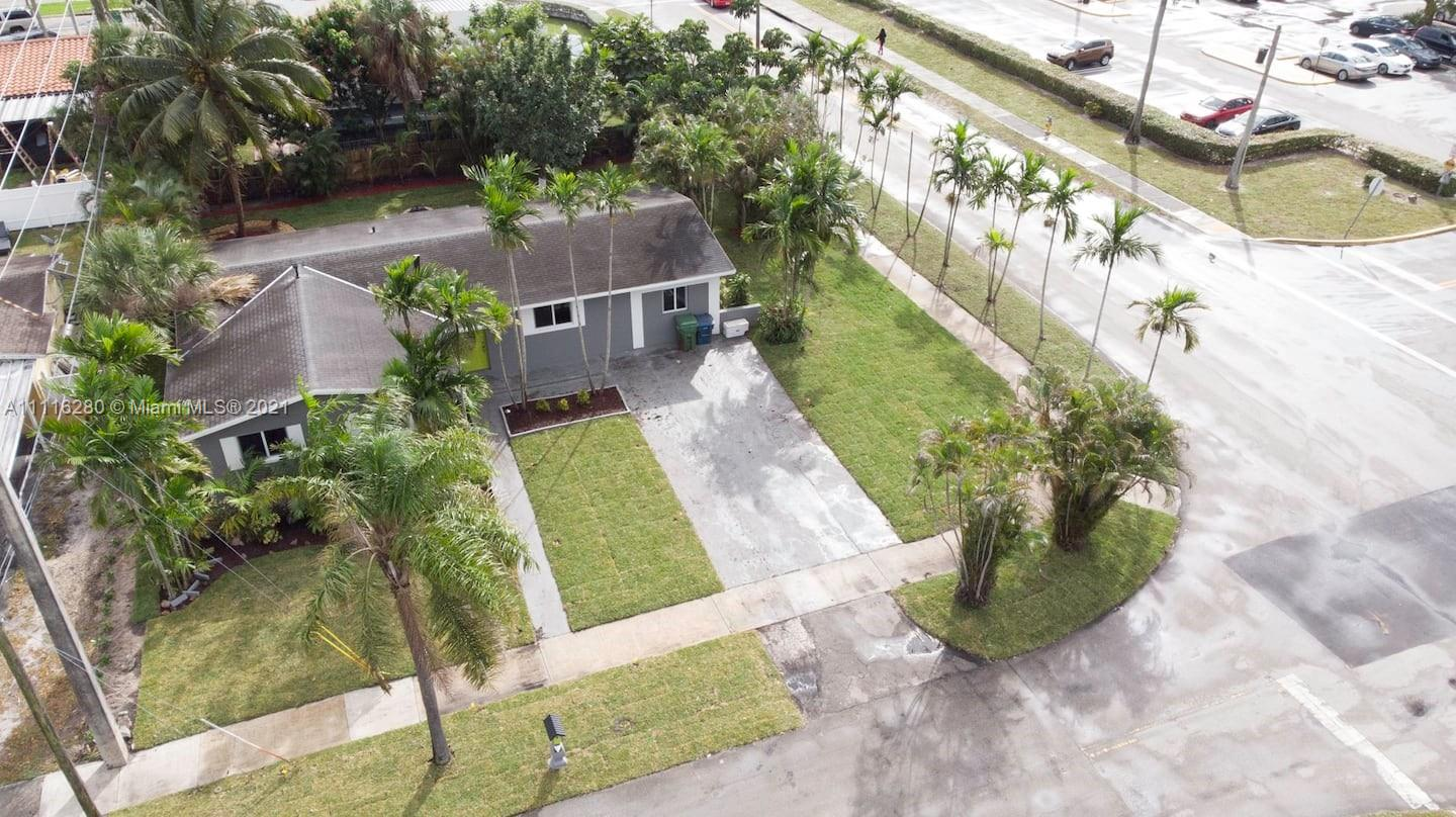 Single Family Home,For Rent,2350 NW 184th St, Miami Gardens, Florida 33056,Brickell,realty,broker,condos near me