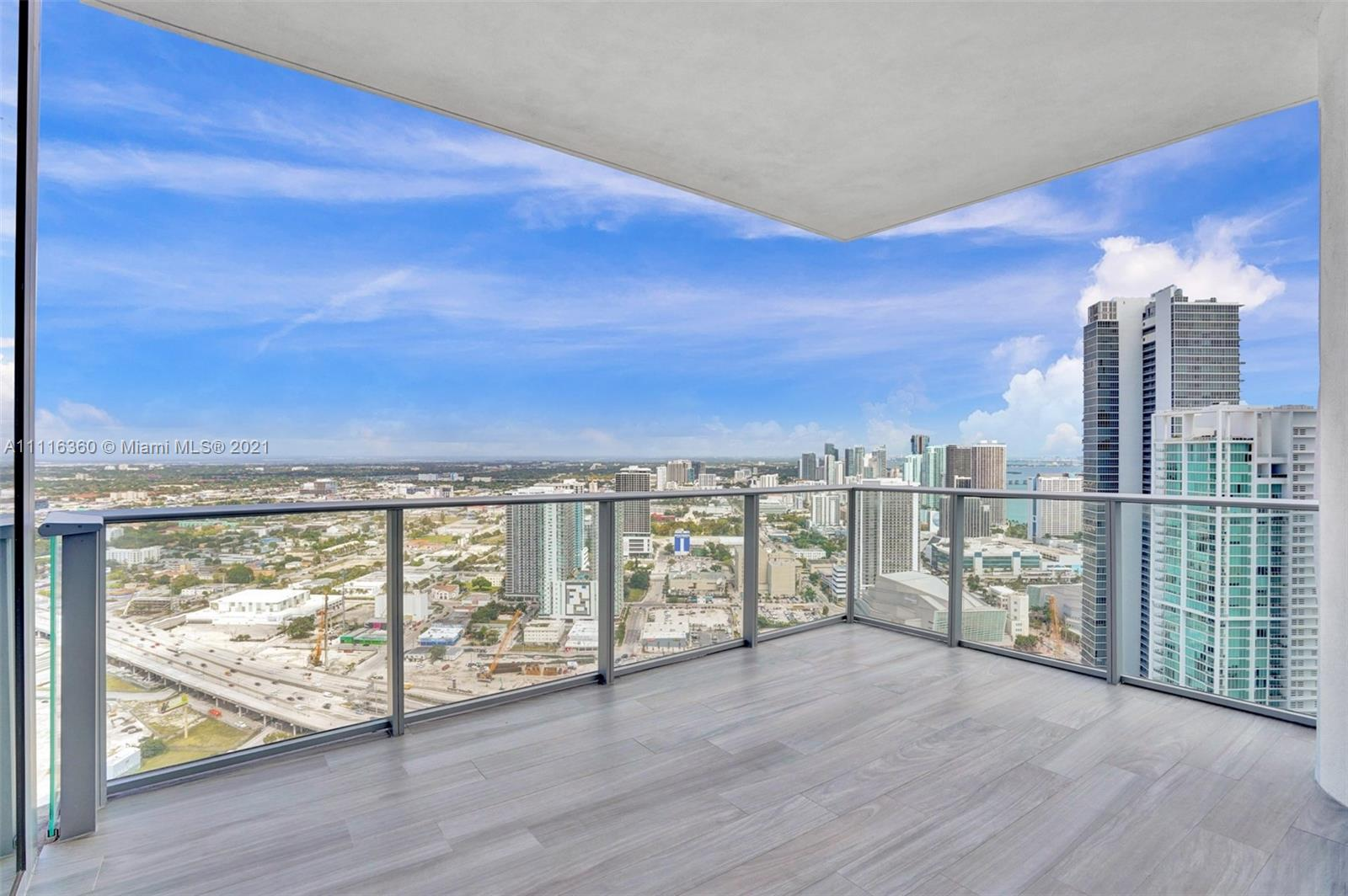 PARAMOUNT MWC Condo,For Rent,PARAMOUNT MWC Brickell,realty,broker,condos near me