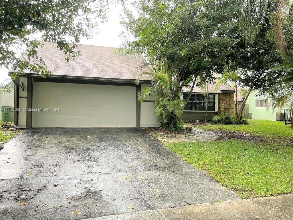 Single Family Home,For Sale,1602 N Goldeneye Ln, Homestead, Florida 33035,Brickell,realty,broker,condos near me