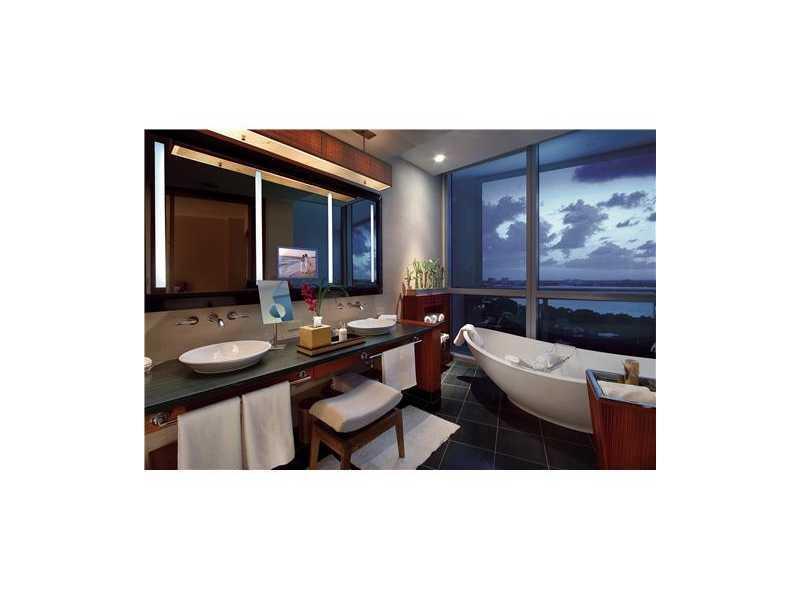 Ritz Carlton Bal Harbour #1011 - 07 - photo