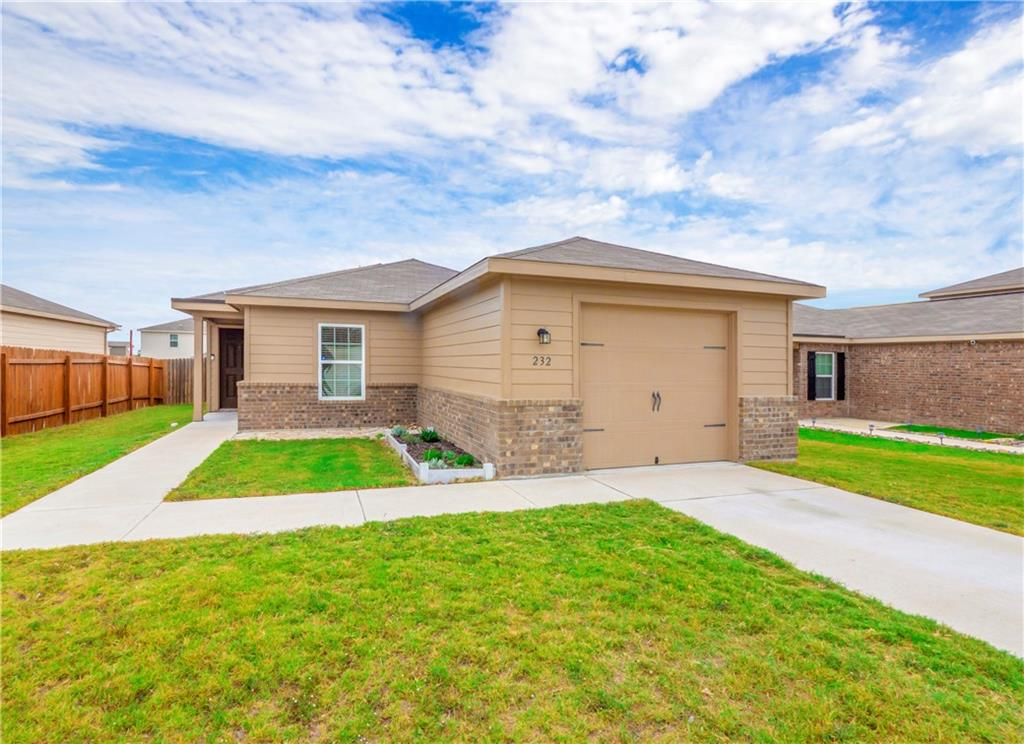 This beautiful one story home features 3 bedrooms and 2 bathrooms. The kitchen offers beautiful wood cabinets and energy efficient appliances. Additional features include raised six panel doors, brushed nickel hardware, vaulted ceiling, large owner's closet and utility room.