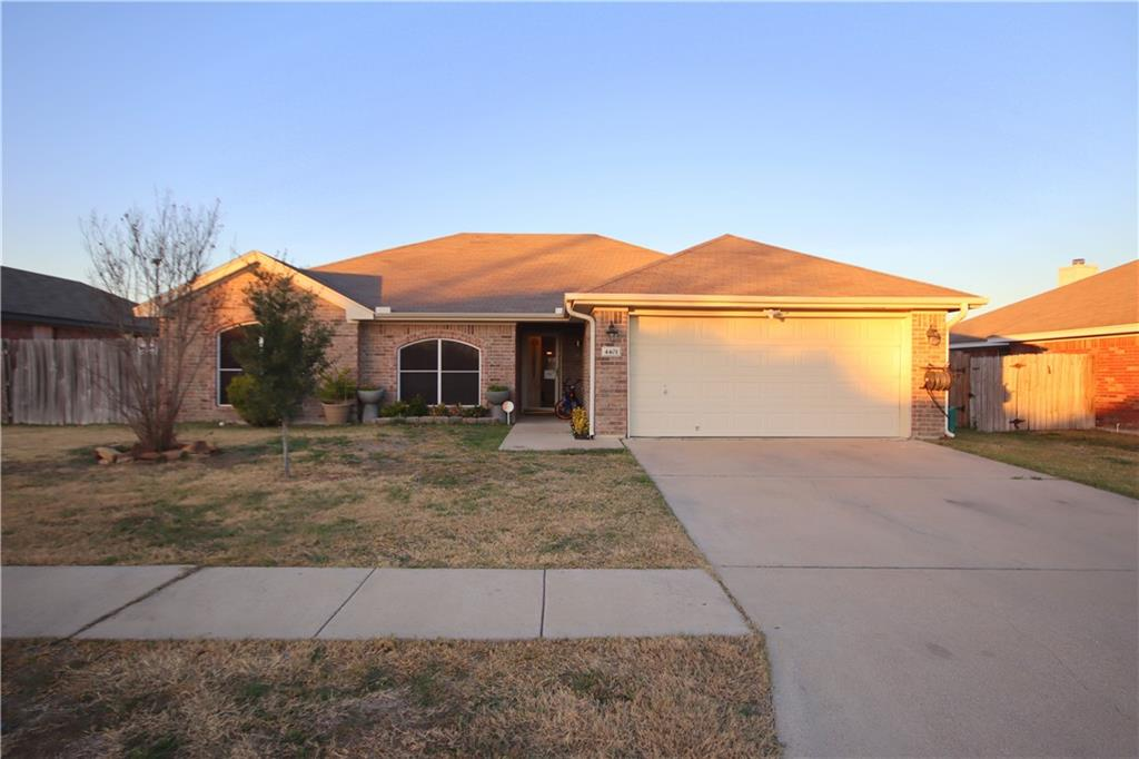 Beautiful fully brick home in great area. Nearby Fort Hood gates, hospitals, schools and shopping. Quiet area are a with little traffic. Extended large covered patio with ceiling fan and roll down sunshades. Very clean and well maintained. Ceiling fans in all bedroom and garden tub in the master bathroom. School information is current 2020-2021 and all room sizes are approximate, buyer need to verify them.Appraised value came sufficient to the listed price.
