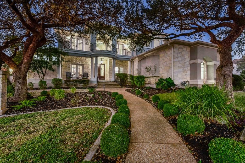 DEADLINE SUN, JAN 10th, at 2:00 pm CST. NO MORE SHOWINGS AT THIS TIME.  Stunning Dietz Crane home on a cul-de-sac lot (0.39 ac) Built in 2001, this custom home features 4 beds/4.5 baths, designated study, formal dining, and a flex room upstairs. Master is down, 3 beds up. Approx 5,361 sqft (per tax record, buyer must verify). Multiple balconies. Andersen windows throughout. Hunter Douglas window coverings. New roof in 2017. HVAC's and water heaters replaced in 2015. Pool with awesome outdoor living/entertaining area. Professional landscaped yard. Award winning schools - Spicewood El, Canyon Vista MS, Westwood HS.