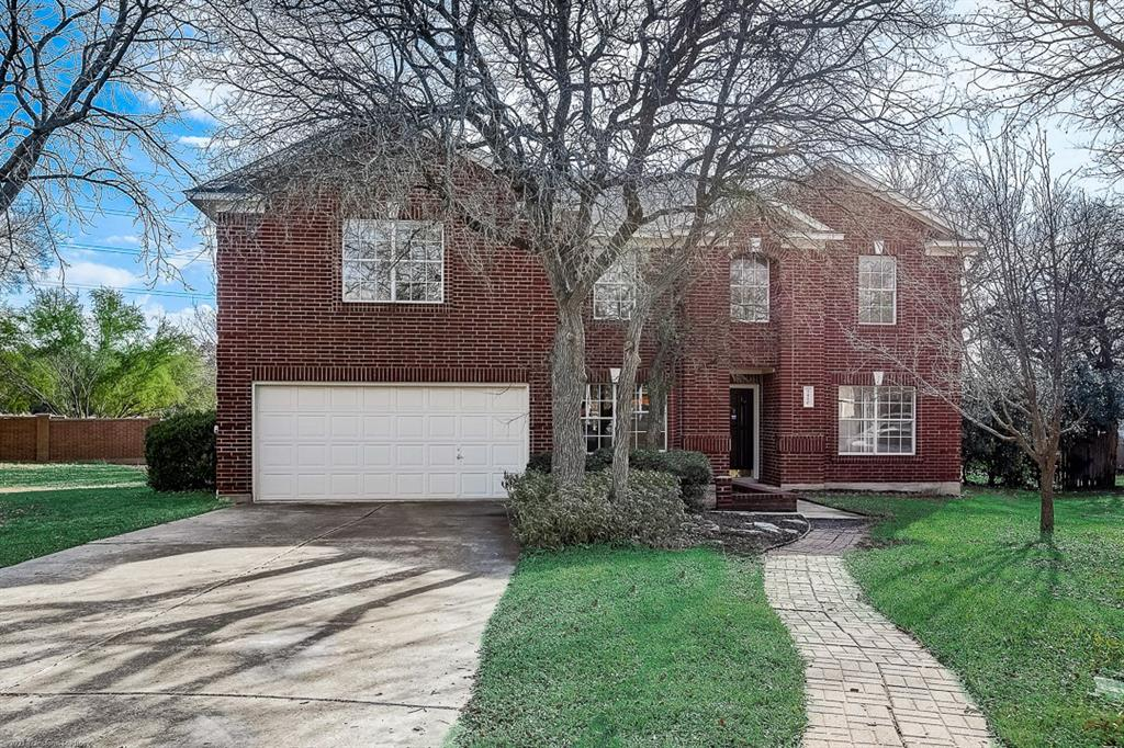 This Round Rock two-story cul-de-sac home offers a patio, granite countertops, and a two-car garage. This home is vacant and cleaned regularly.