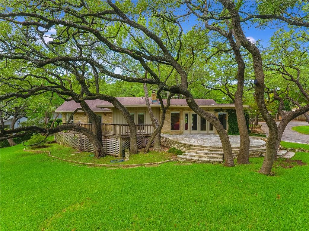 Don't miss this amazing remodel or new construction opportunity on the very first platted lot in West Lake Hills! Over 40 large oaks on .80 acre with panoramic downtown views from both the house and resort-style pool area. Located right off of Redbud Trail, this home has great access to both downtown and all that Westlake has to offer.