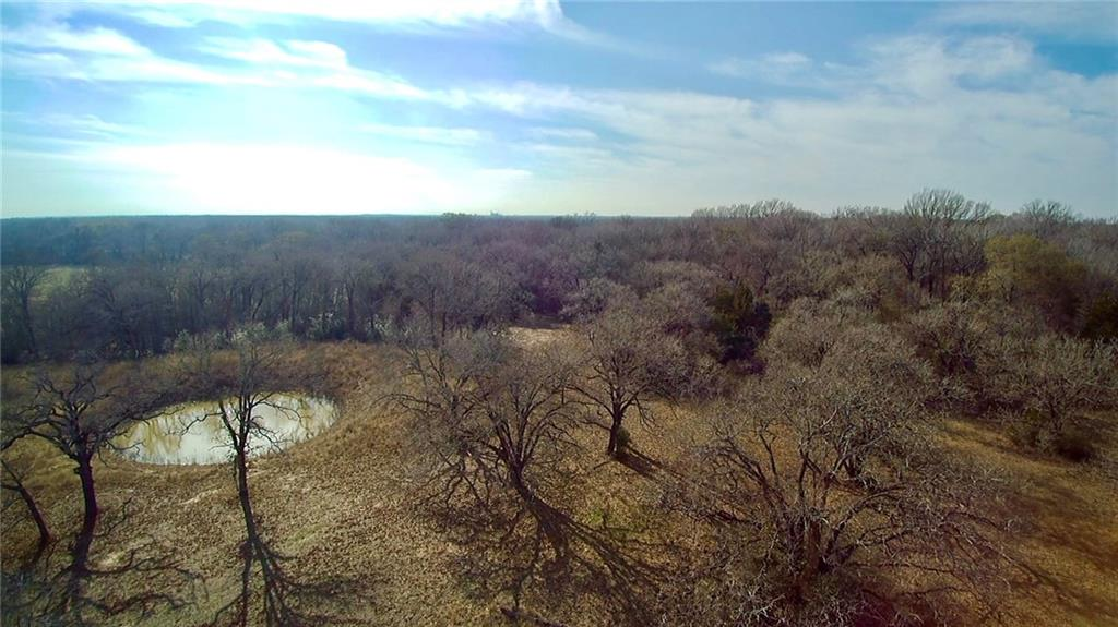 Gorgeous 15.0 acre tract of land in Milam County. Seller has used or hunting and recreational.   In Rockdale ISD, Seller does not own Minerals.  Trees are gorgeous and would be great for a home or just a weekend retreat.