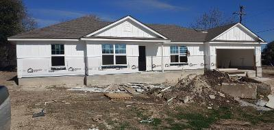 New Const Plan 1450 3/2/2 with garage opener installed.  Kitchen Appliances except Frig  Granite tops in kit Breakfast area and single dine. Dbl vanity master bath granite tops in baths. Sod front and rear across from city park and pool