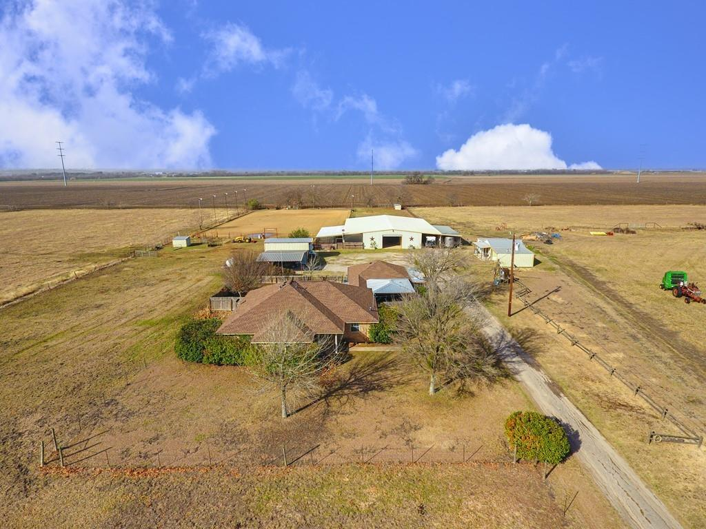 Country home and horse property with room to roam. Approx 2442 total square ft with 4 beds 3 baths. 3/2 spans 1937