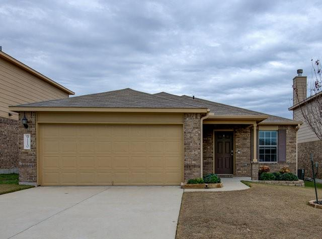 This beautiful 3 bedroom, 2 bath home won't last long! One owner, open floor plan, well kept, large back yard, big rooms, and all kitchen appliances. Located in the first phase of Yowell Ranch in Killeen, quiet neighborhood with a community pool, splash pad, walking trail, pond, and dog park.