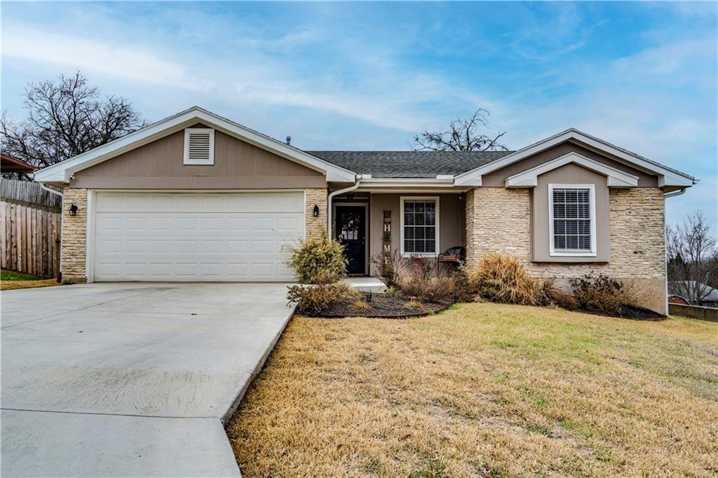Charming home in the sought after Round Rock area. Sitting on a spacious lot with a large backyard for entertaining and taking in views. Beautiful open floor plan with beamed ceilings and a cozy fireplace in the living room. Within walking distance to La Frontera for shopping and eats. Come check out this wonderful home!