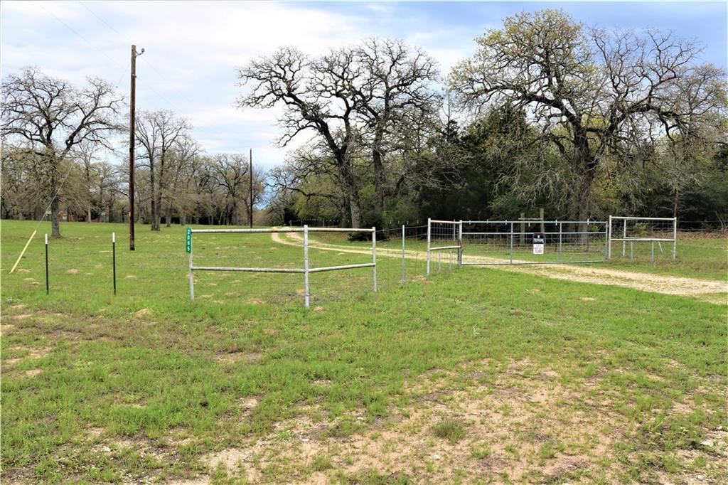 This beautiful 176 acres is moderately wooded with rolling pastures, 4 stock ponds and fenced perimeter. Oak trees, cedar trees and native vegetation. Lots of wildlife. Located in Williamson and Milam Counties.