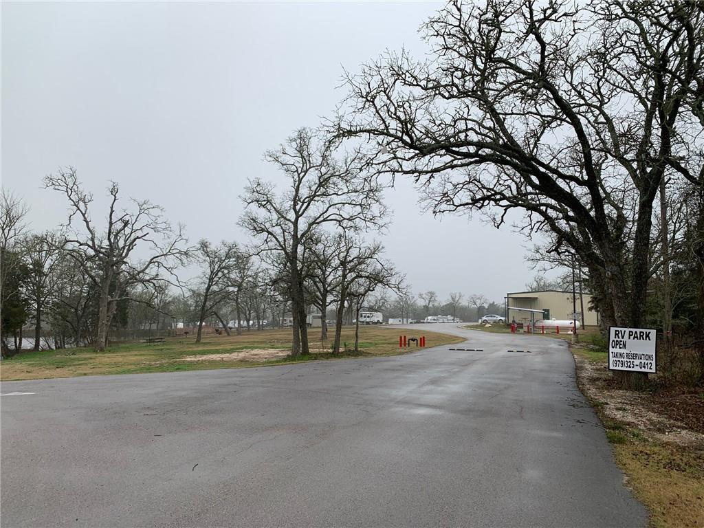 1850 W Austin ST, Giddings, TX 78942