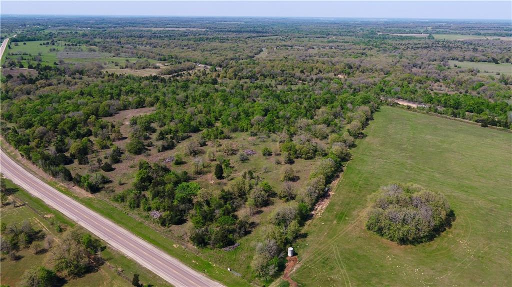 Excellent 15 acre tract for building a home or shop on! This tract would also serve well for running cattle, hunting and recreation uses.