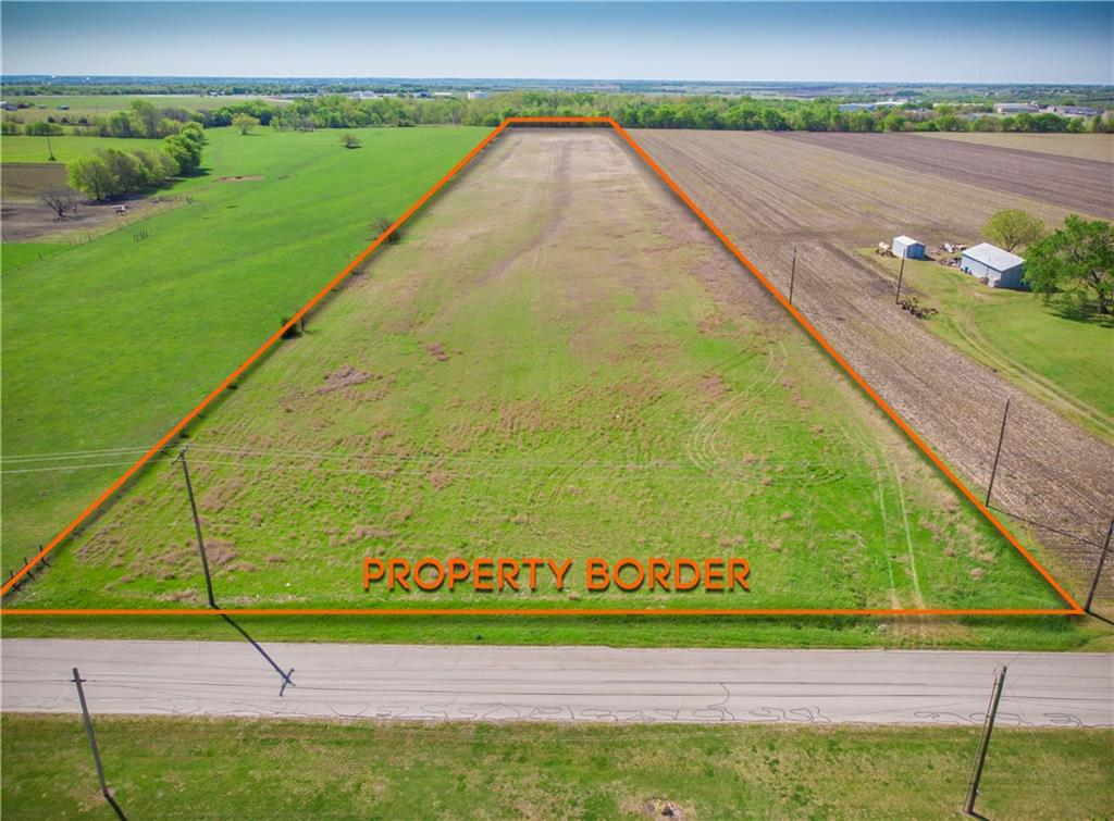 Beautiful property, perfect for a horse farm or build your next home! Great location in city limits. Level and AG exempt! The property has had 50 years of agricultural production and is ag exempt!