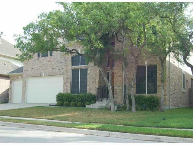 Great neighborhood feeding into top Leander ISD schools.  Great backyard with a pool and jacuzzi, including a heater.  Great for a family and equipped with big bedrooms and a large game room.   Vaulted ceilings, formal dining, sitting area, large family room, large master bedroom and bathroom with soaking tub and shower.  Additional bedroom and full bathroom down for extended family if needed.