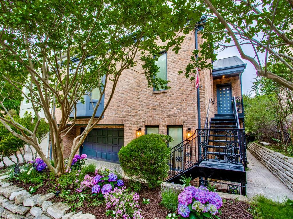 Photo for MLS Id 7366150 located at 2710 Hillview Green