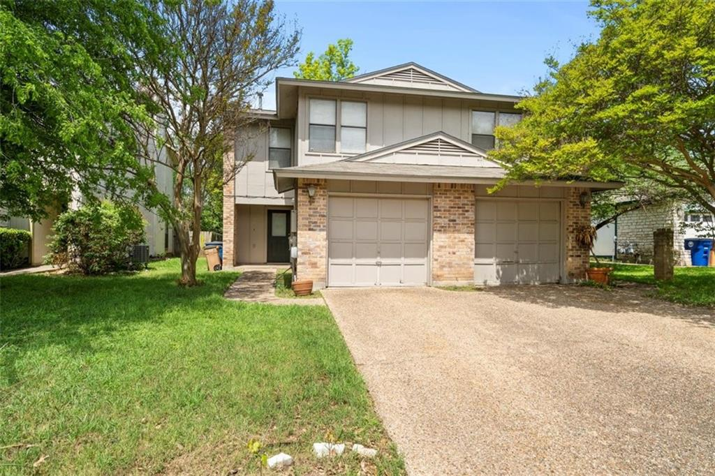 Lovely Condo located in the heart of NW Hills, 2 Bedrooms 2.5 Baths. Both bedrooms include en-suite baths. Backs to a greenbelt and across the street from Allen Park. Great Investment Opportunity. Award-winning schools! Great location close to shopping and entertainment, just a few mins to DT Austin and the domain!