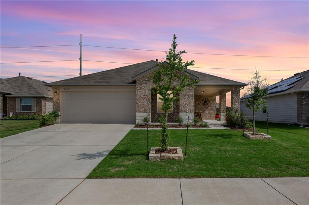 This immaculate DR Horton Liberty Plan in Mager Meadows was completed in 2019. Pride of ownership shows throughout the home. The spacious open floor plan, granite countertops, vinyl flooring and inviting extended front porch are waiting for you! With 4 bedrooms and a flex space, more than one person can work from home and still have an office space. Located on a cul de sac and with an easement behind the home, there is plenty of peace and quiet. The home is also within walking distance to Hutto Elementary and just minutes from downtown Hutto and the Hutto Co-Op.