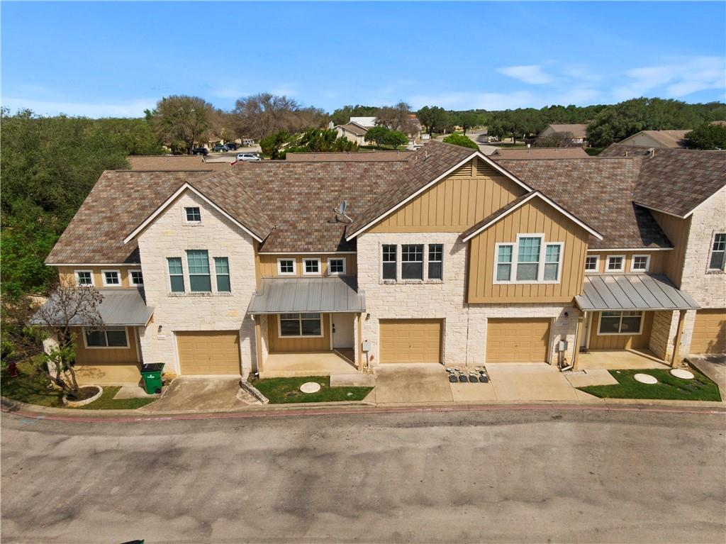 Located just off Lake Travis and within the Lago Vista POA, this condo comes with a ton of amenities! Docks, a basketball court, a fitness center, a pool, and even a pickleball court - the list goes on and on! With tons to do and beautiful scenery, you will definitely want to check this condo out.