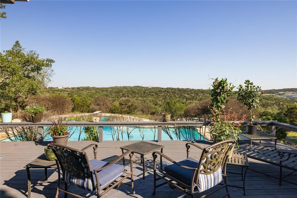1111 Hays Country Acres RD, Dripping Springs, TX 78620