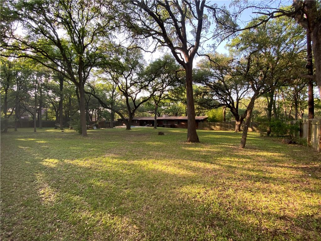 Photo for MLS Id 9549916 located at 6607 Liveoak