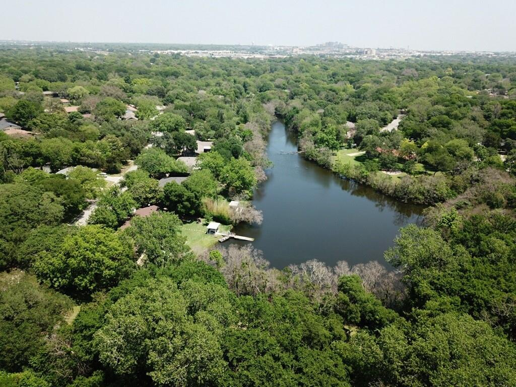 UNICORN alert!!!! Ever thought of owning you're OWN POND here in the center of the city? A Rare waterfront property here in the Heart of Temple TX, a simple walking distance from lions park. Wake up to a morning's brew of your favorite beverage, sit back and relax as you gander out the 12'x6' wall of windows to view your own sun filled water front retreat. A private heavily wooded area surrounded with mature trees, trees such as apple, pear, burly oak, pecan, the list goes on. Keep your eyes open for the wildlife as well, animals such as deer, red fox, hawks, bobcats, and the Canadian geese whom travel down yearly. Did I mention a fisherman's haven? Pick up your trusty fishing pole and enjoy tight lines from one of the many stocked black bass that habit this beauty. A retreat like non other! Schedule your private showing today!!!  check out the areal video below  https://Youtu.be/IY_Hh_2QIAA https://youtu.be/RwS41NIsIq8