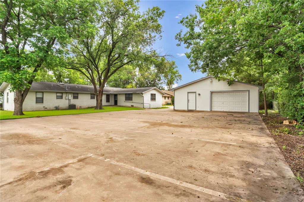 100 & 102 Northwest DR, Round Rock, TX 78664
