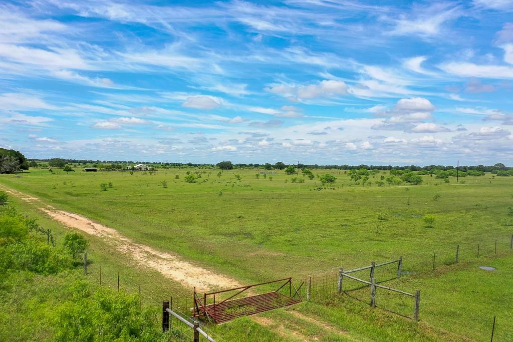Need a peaceful and relaxing getaway make this property your own.  Build your future home on this property.  Permanent Easement & Right of Way. Seller imposed restrictions-Not be used for Commercial use or mobile home park.