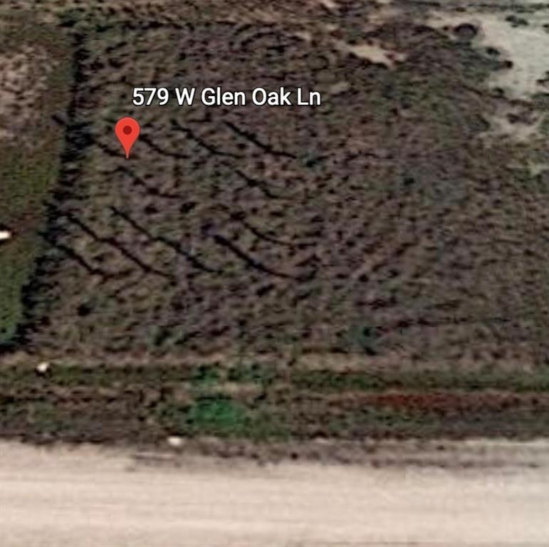 579 W Glen Oak LN W, Rockport, TX 78382