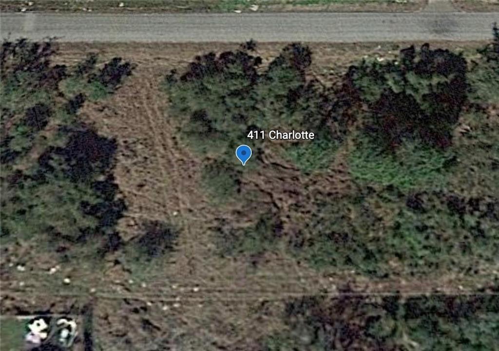 411 Charlotte DR, Rockport, TX 78382