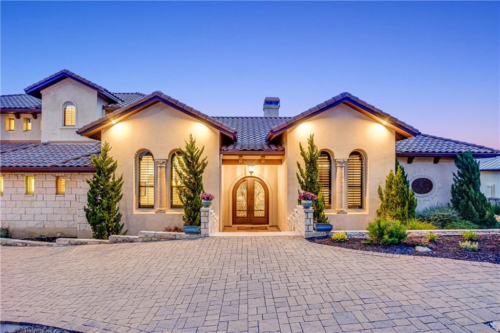 Come check out this fantastic and super-detailed property that was designed by Alberto Jauregui for Scott Felder in Villa Montana! This 4 bedroom, 4.5 bath, 4291 sf beauty has knockout views and will check off the boxes for even the most particular client. Game/media room? Check! Flex Room with a bookcase that hides a deep storage space? Check! This house is extremely versatile: it could skew more traditional or easily transition into Spanish Mission with paint and finishes. There's plenty of room for a pool, but also allows for clients that may not want the maintenance and would rather have the yard space. Every room was thoughtfully planned for functionality and designed for luxury.