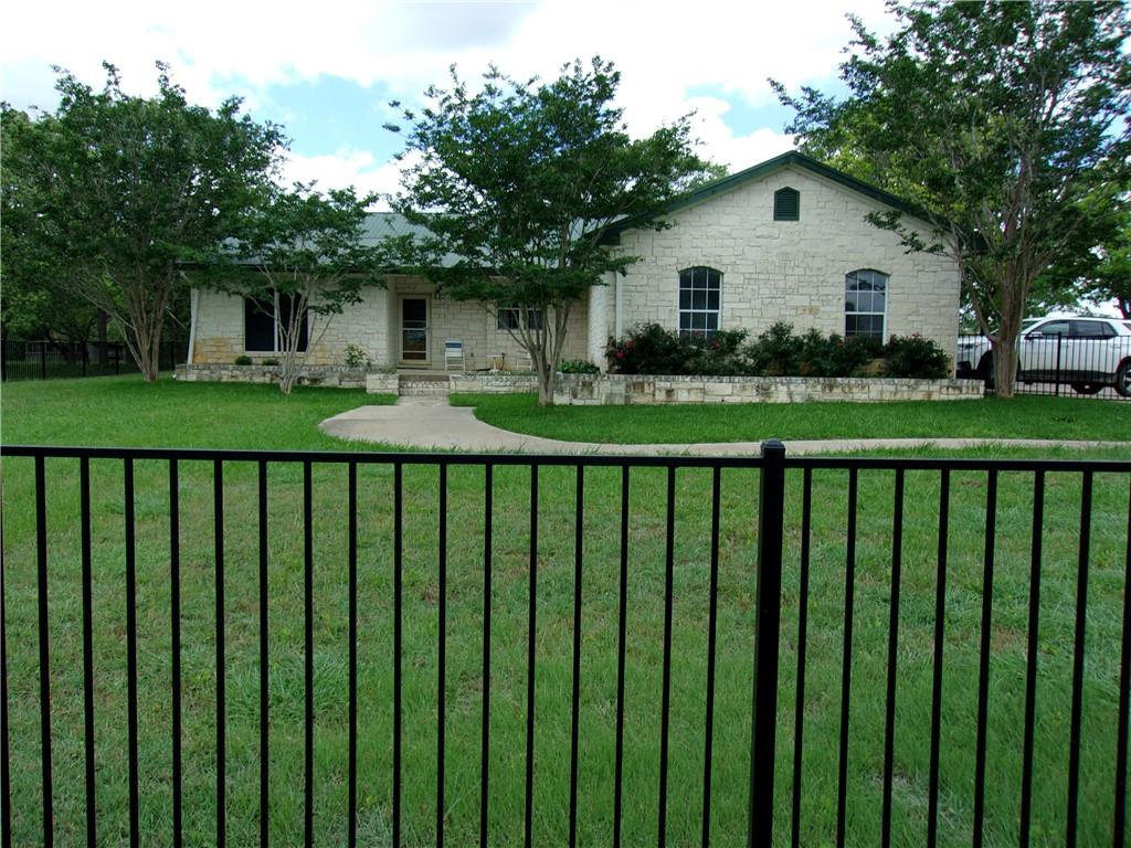 1023 County Road 460 W, Thorndale, TX 76577