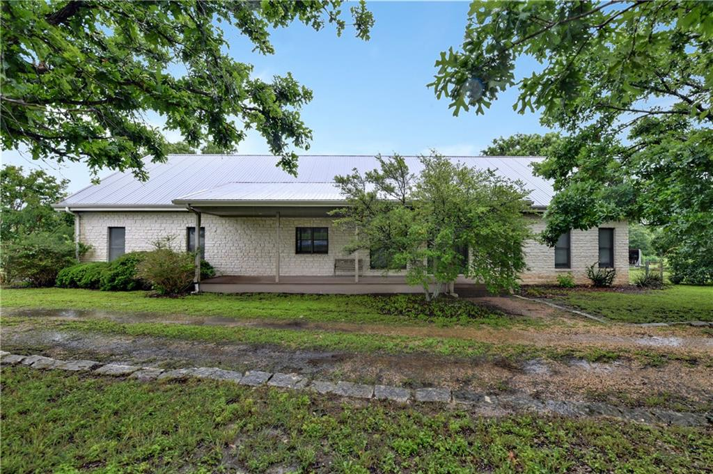 677 Lemens Ave, Hutto, TX 78634