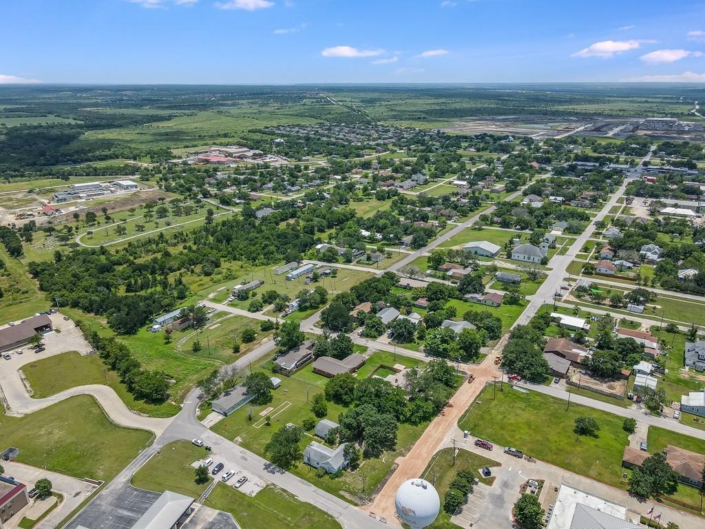 301 E Lane Ave, Manor, TX 78653